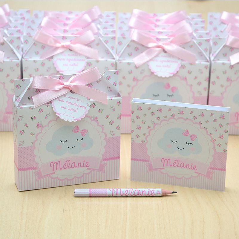 Lembrancinhas maternidade caixinha com bloquinho de anotações tema chuva de amor e floral  - Valentina Milan Lembrancinhas