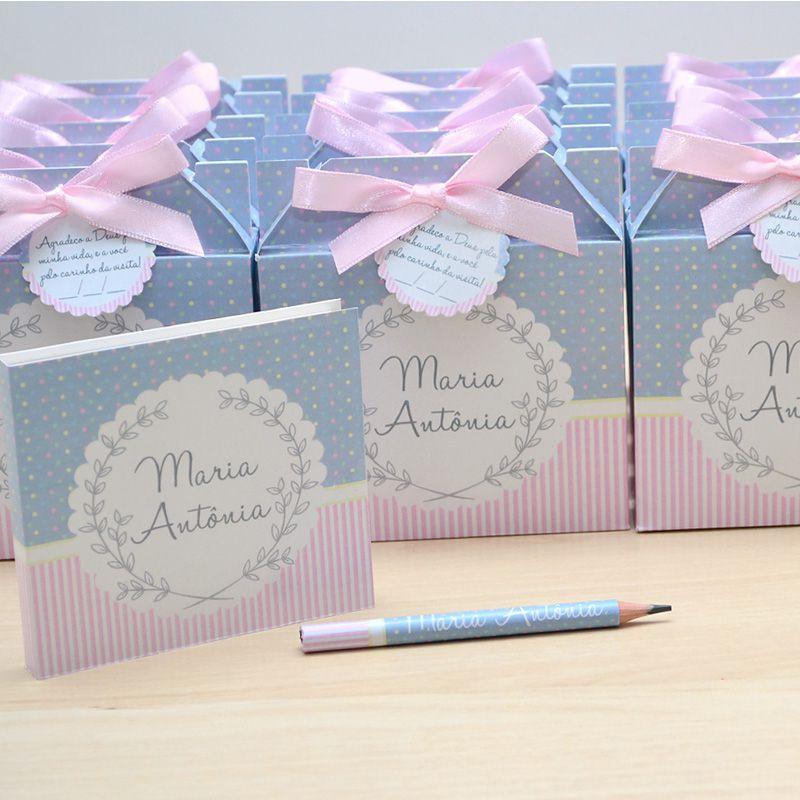 Lembrancinhas maternidade caixinha com bloquinho de anotações tema cinza e rosa  - Valentina Milan Lembrancinhas