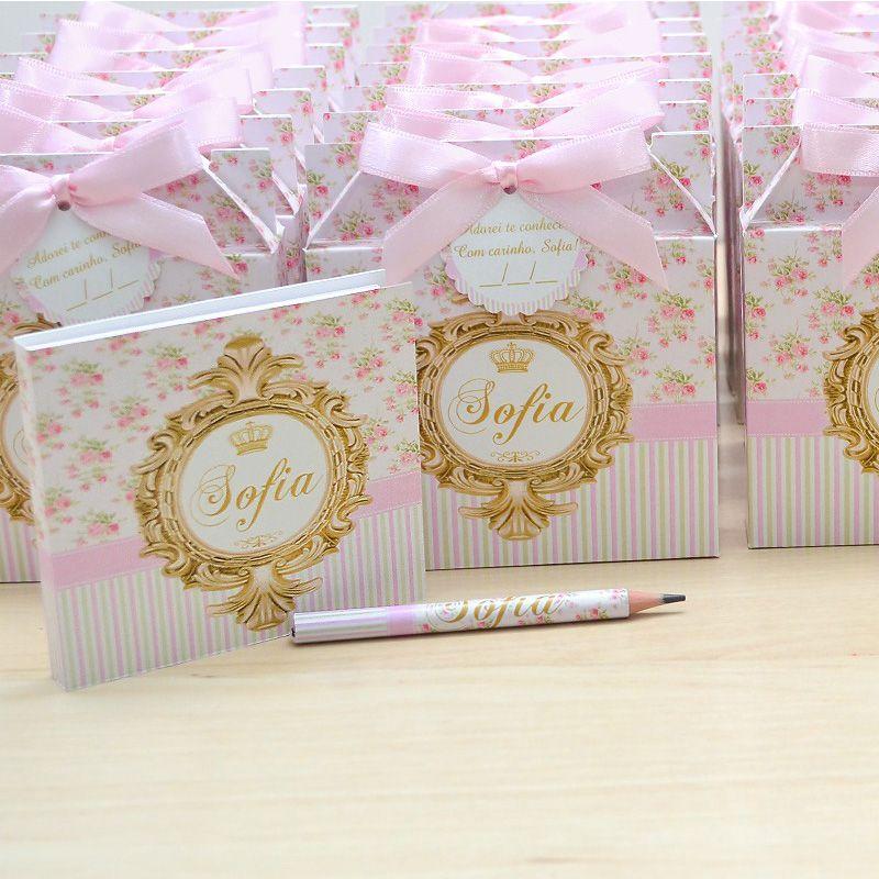 Lembrancinhas maternidade caixinha com bloquinho de anotações tema floral e brasão  - Valentina Milan Lembrancinhas