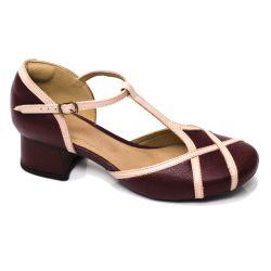 Sapato Retrô em Couro Bloom