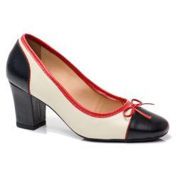 Sapato Retrô em Couro Cantucci