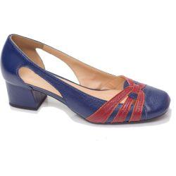 Sapato Retrô em Couro Clafoutis