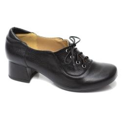 Sapato Retrô em Couro Clover