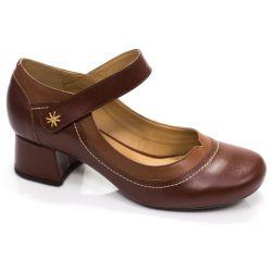 Sapato Retrô em couro Diana