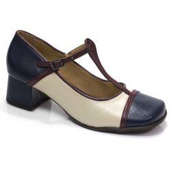Sapato Retrô em couro Magda