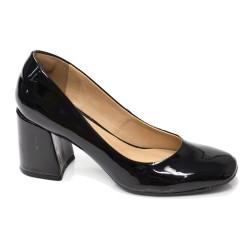 Sapato Retrô em Verniz Antúrio