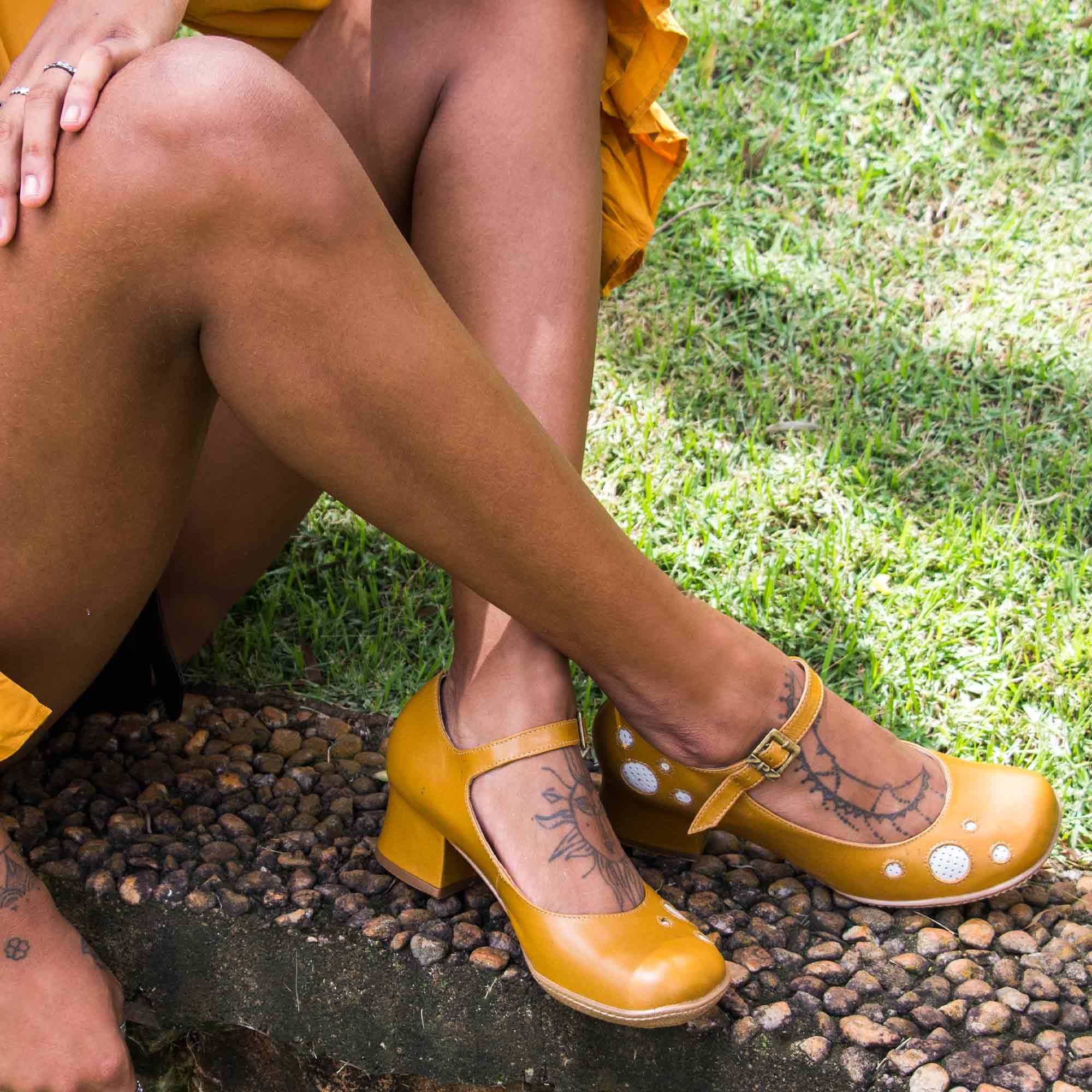 Sapato Retrô em couro Grace