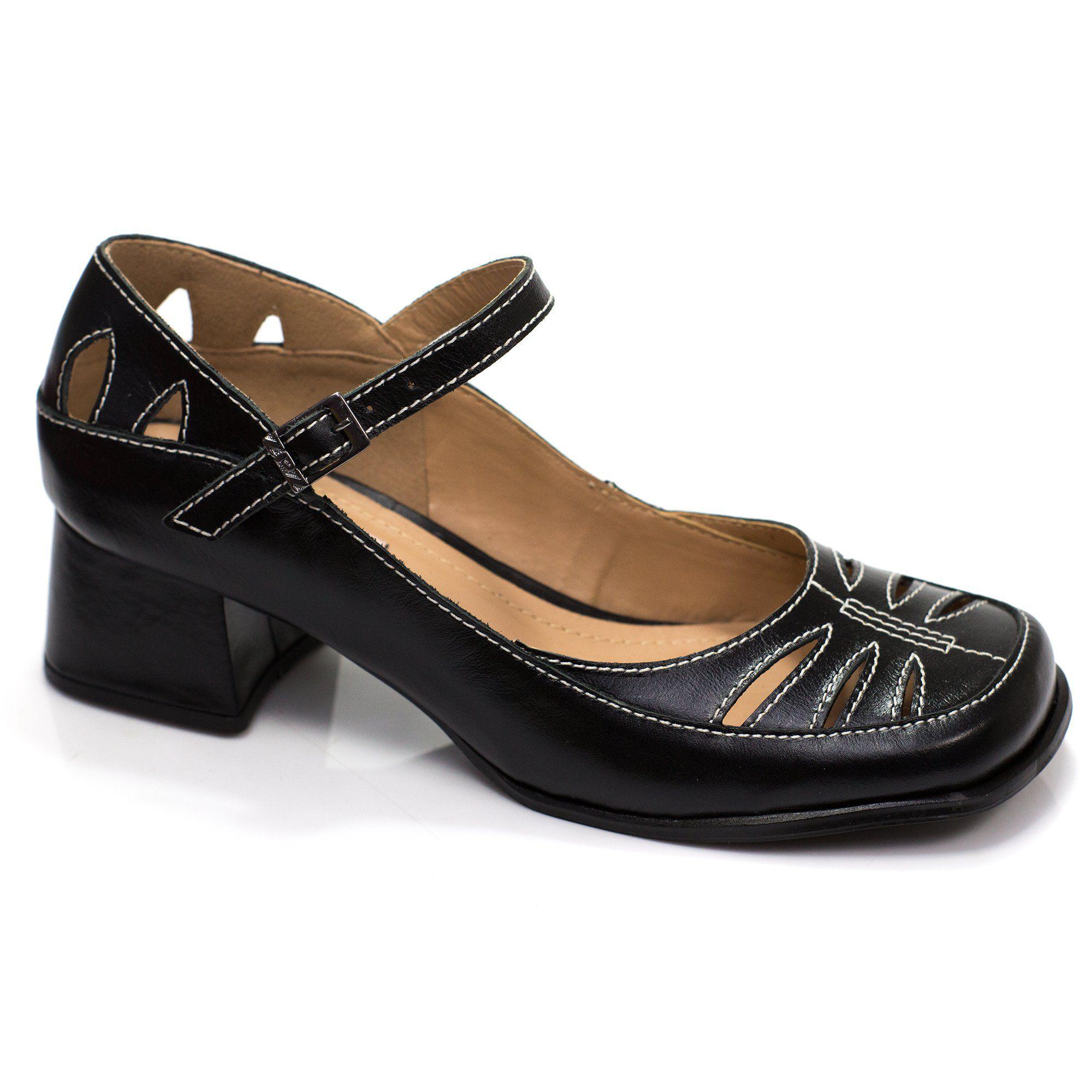 Sapato Boneca Retrô em couro Elly