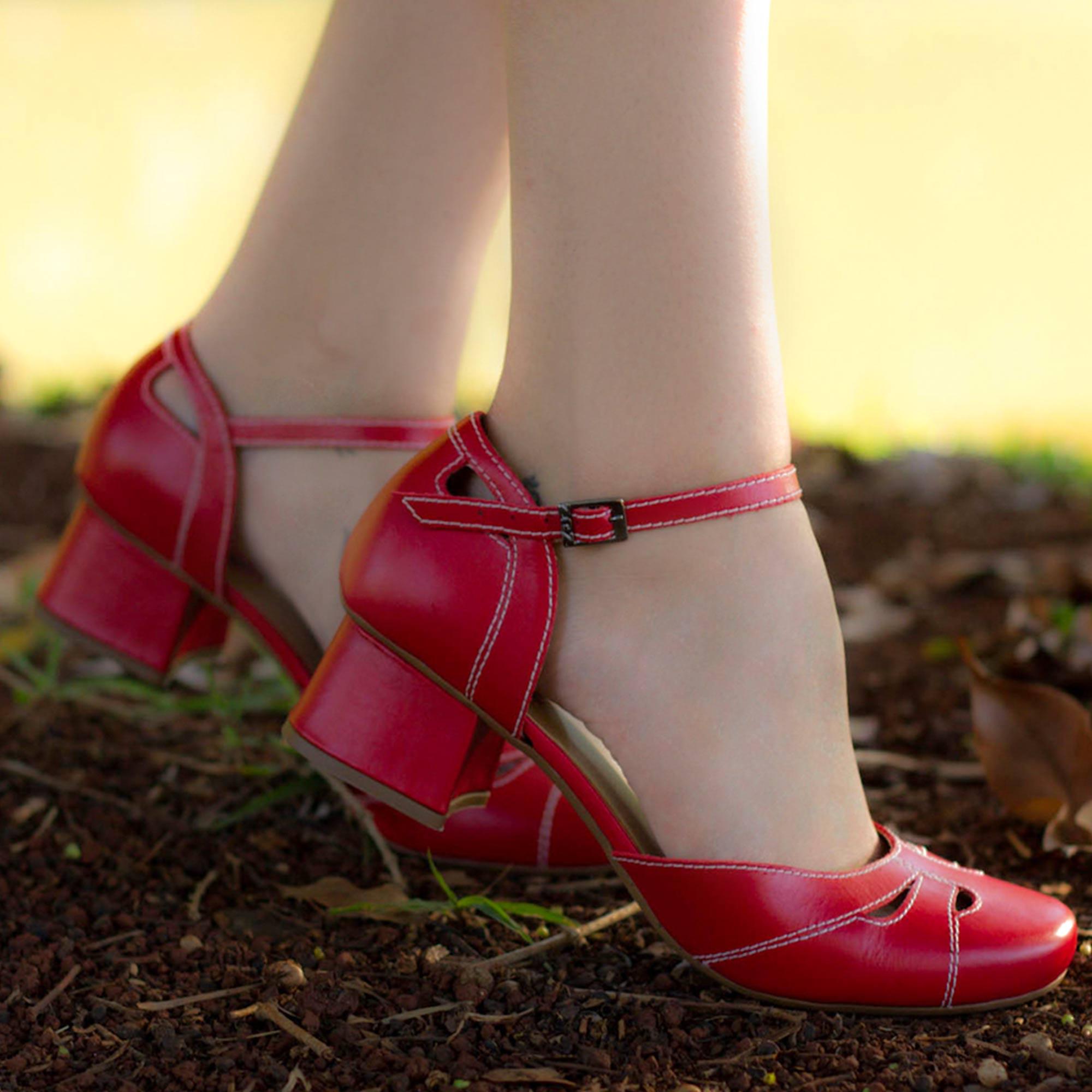 Sapato Boneca Retrô em couro Franklin