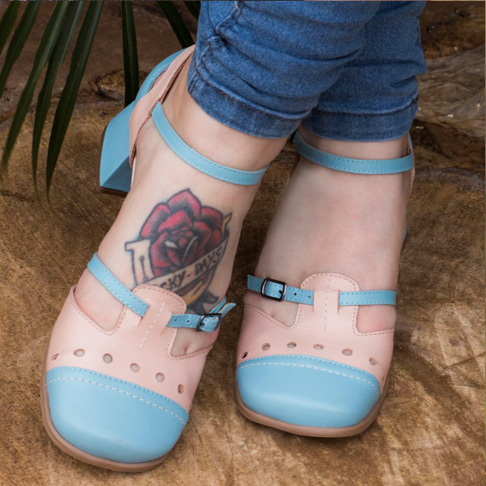 Sapato Boneca Retrô em couro Lolly