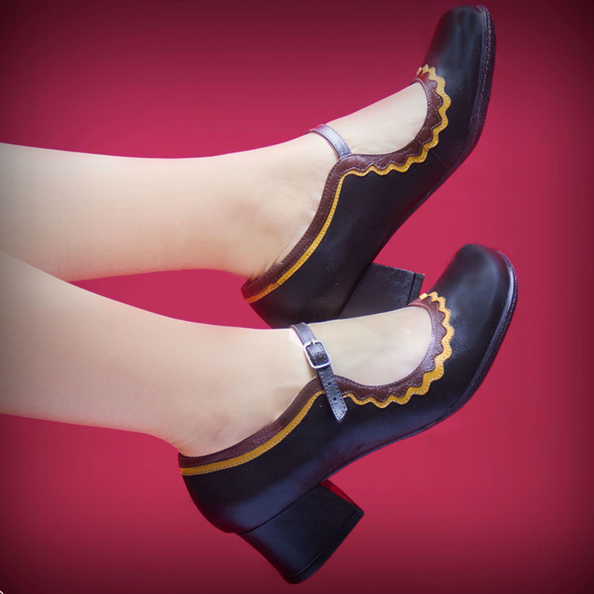 Sapato Boneca Retrô em couro Montreal