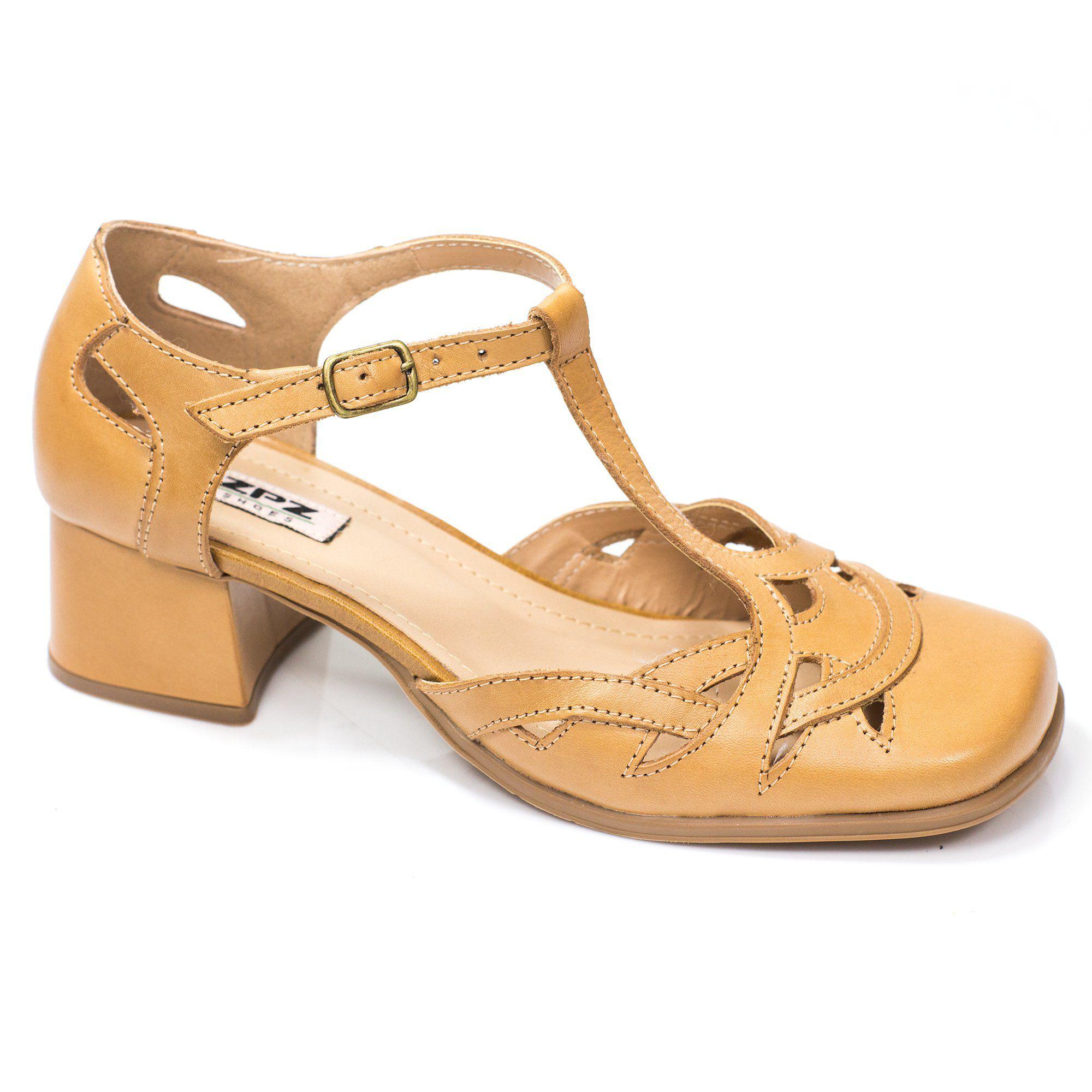 Sapato Boneca Retrô em couro Silene