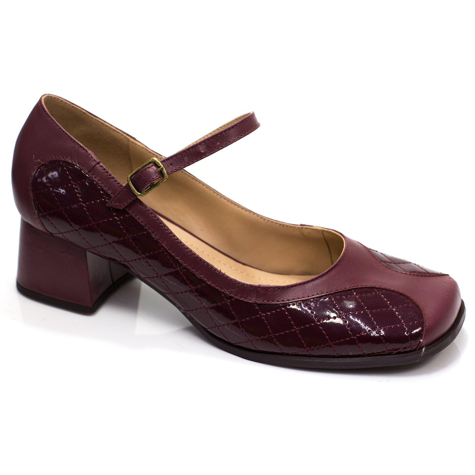 Sapato Boneca Retrô em verniz Bella