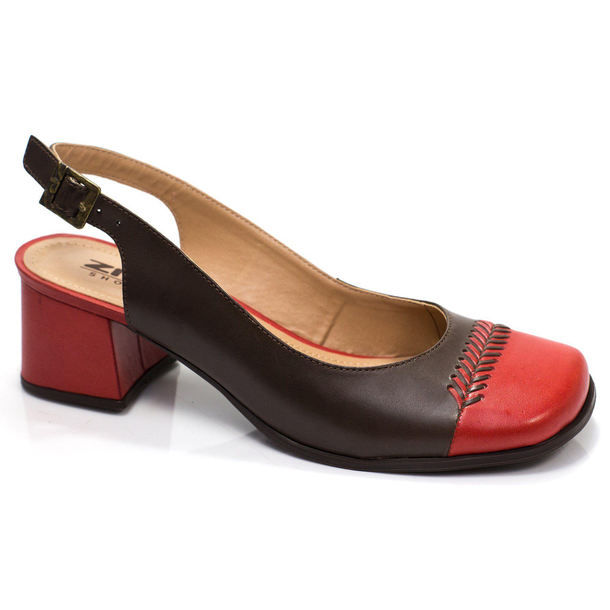 Sapato Retrô em couro Amarílis Chanel