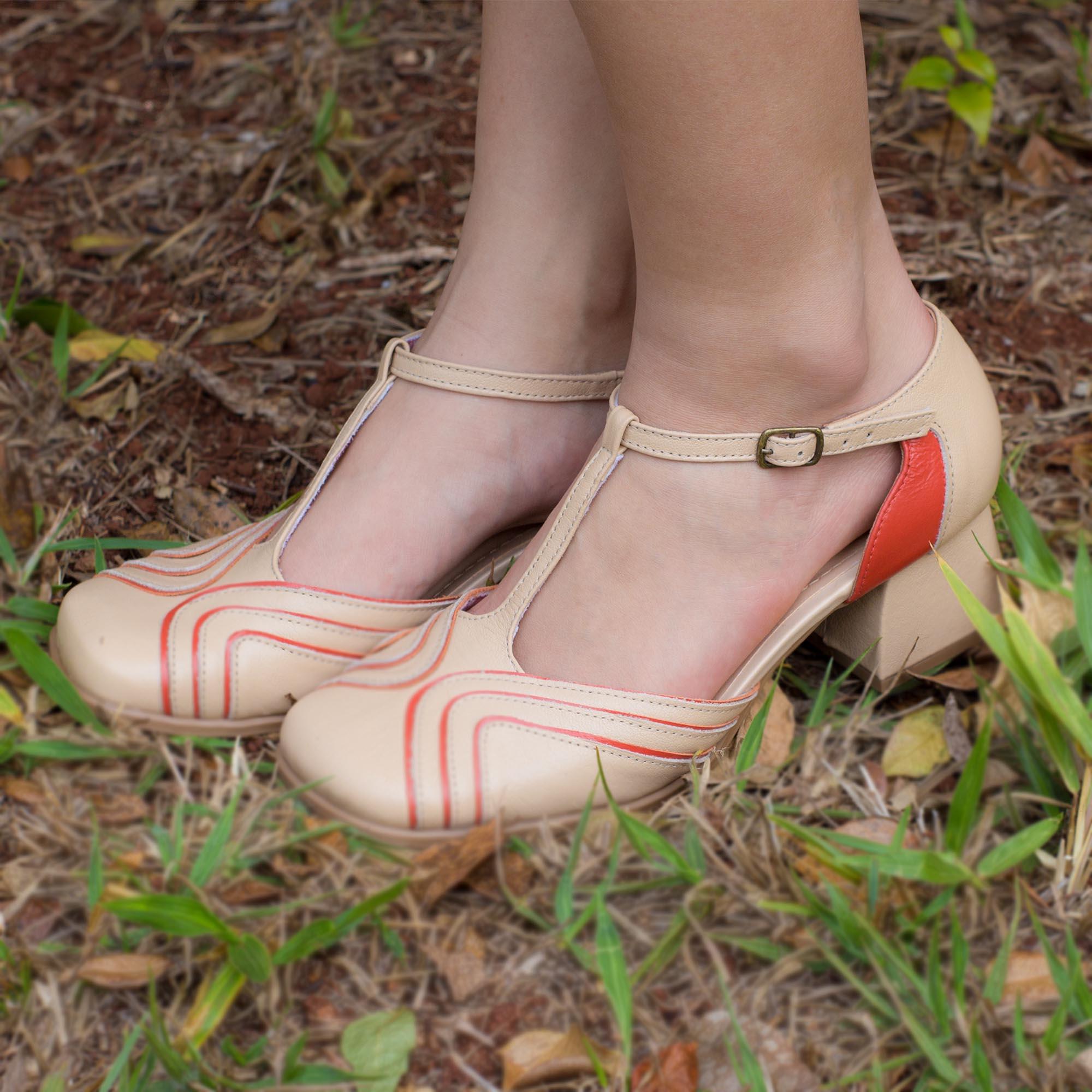 Sapato Retrô em couro Beach