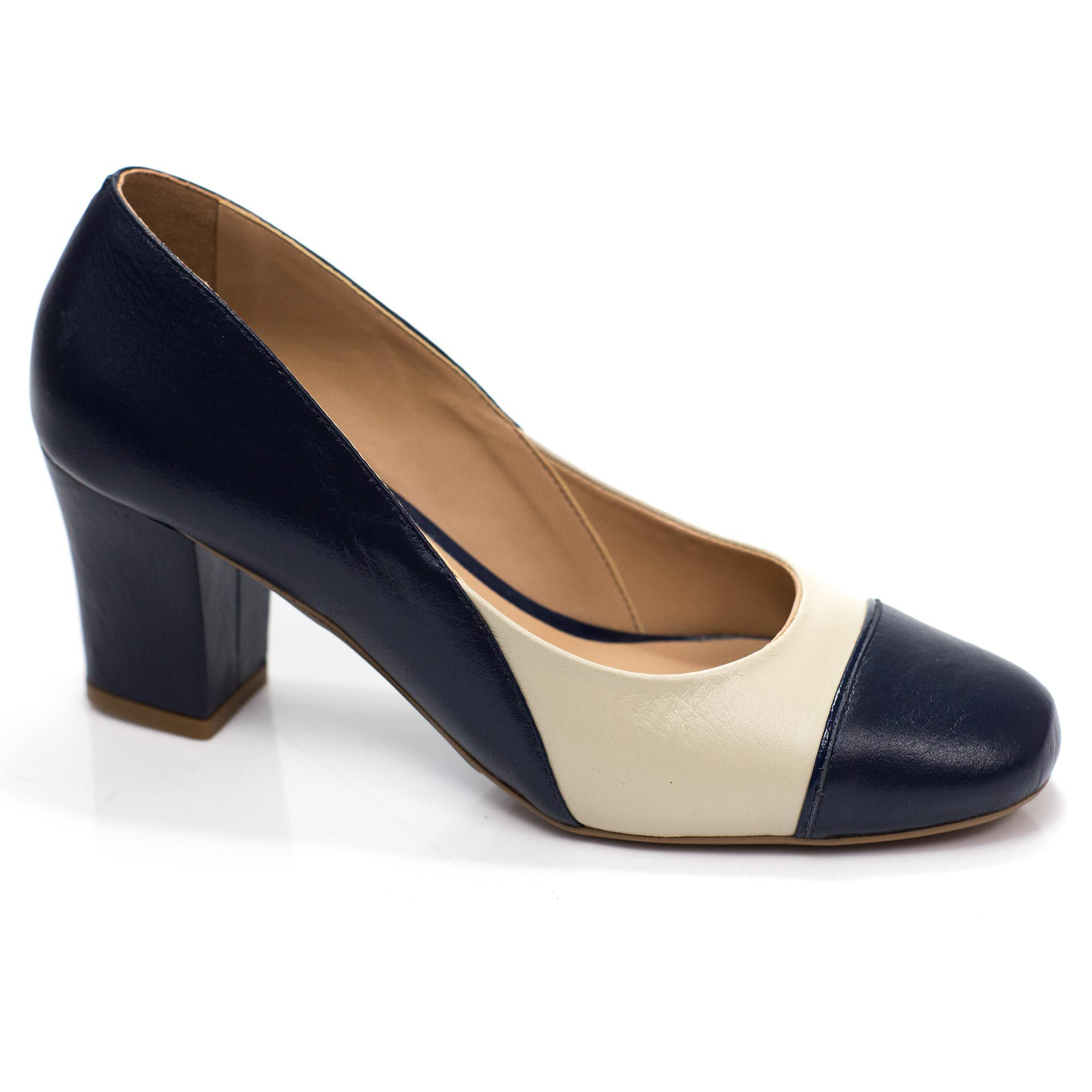 Sapato Retrô em Couro Cannoli