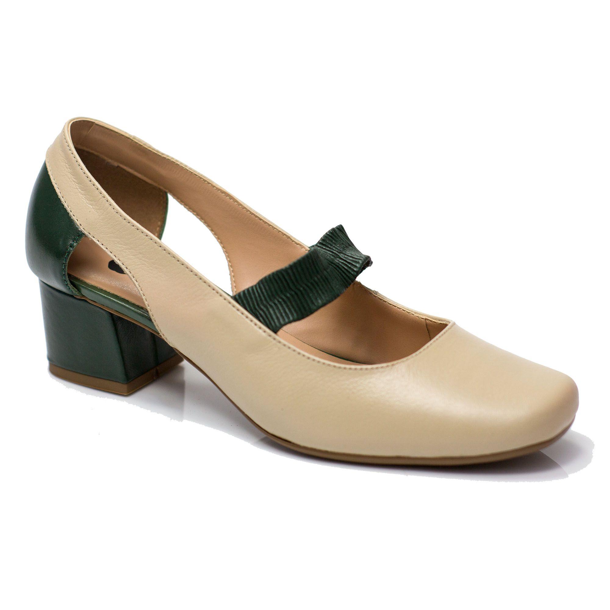 Sapato Retrô em Couro Crostoli