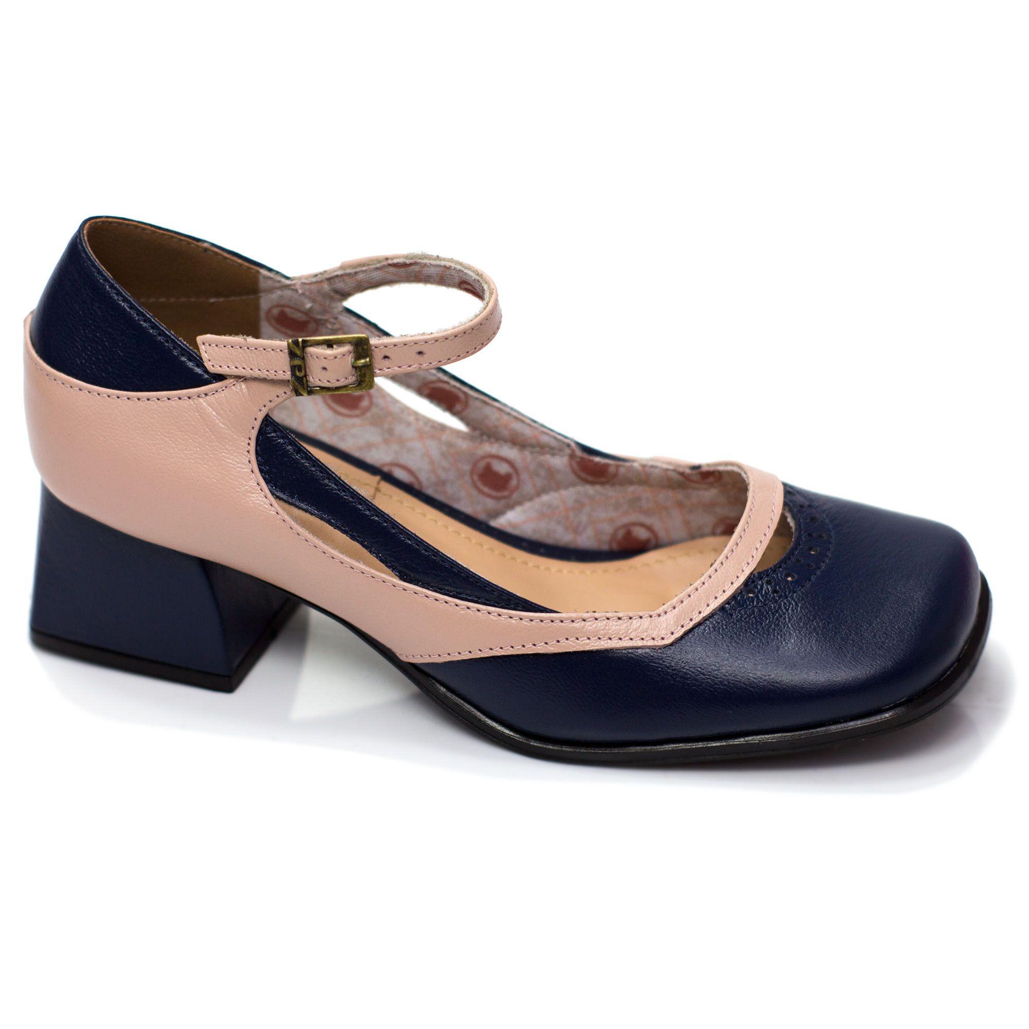 Sapato Retrô em couro Iris
