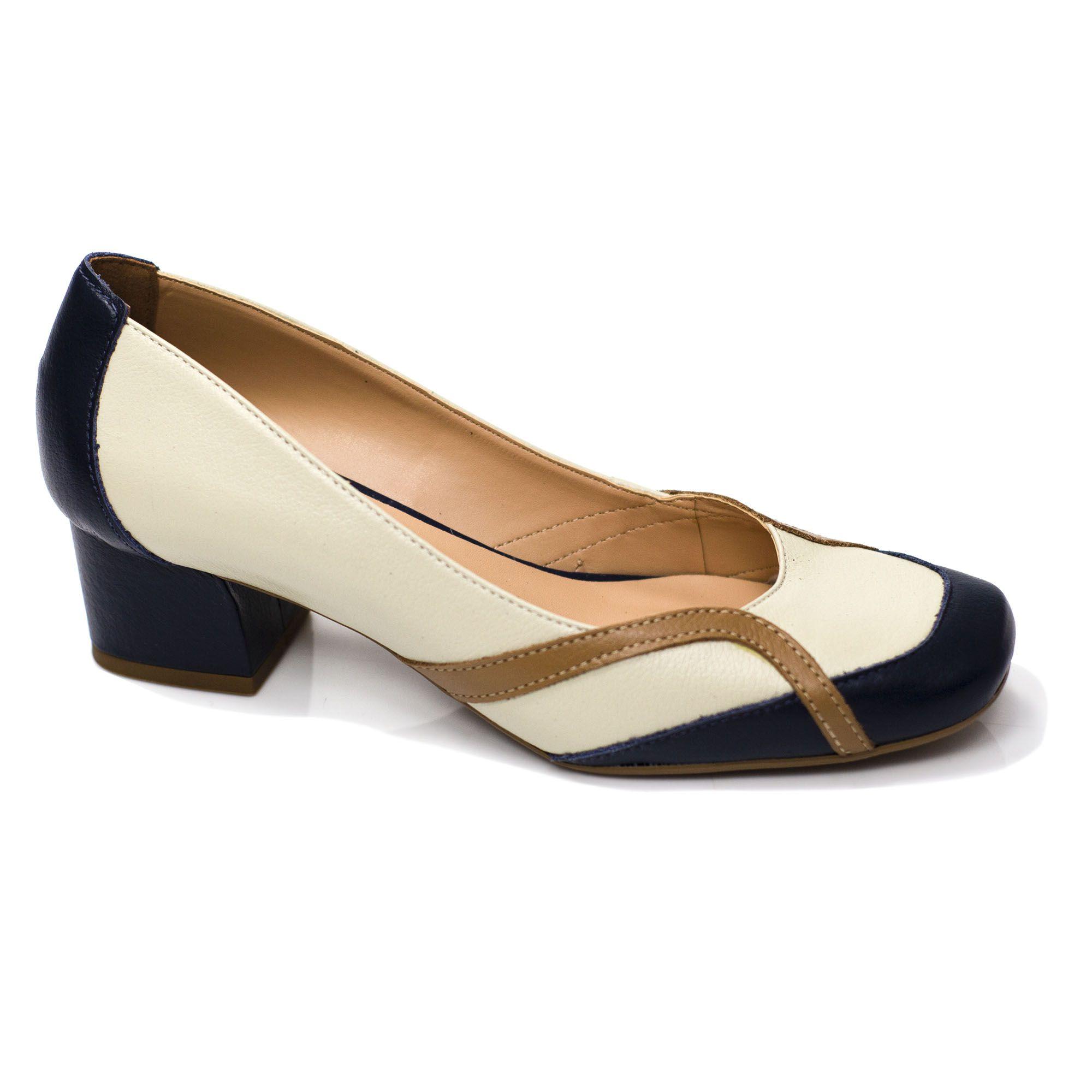 Sapato Retrô em Couro Jello
