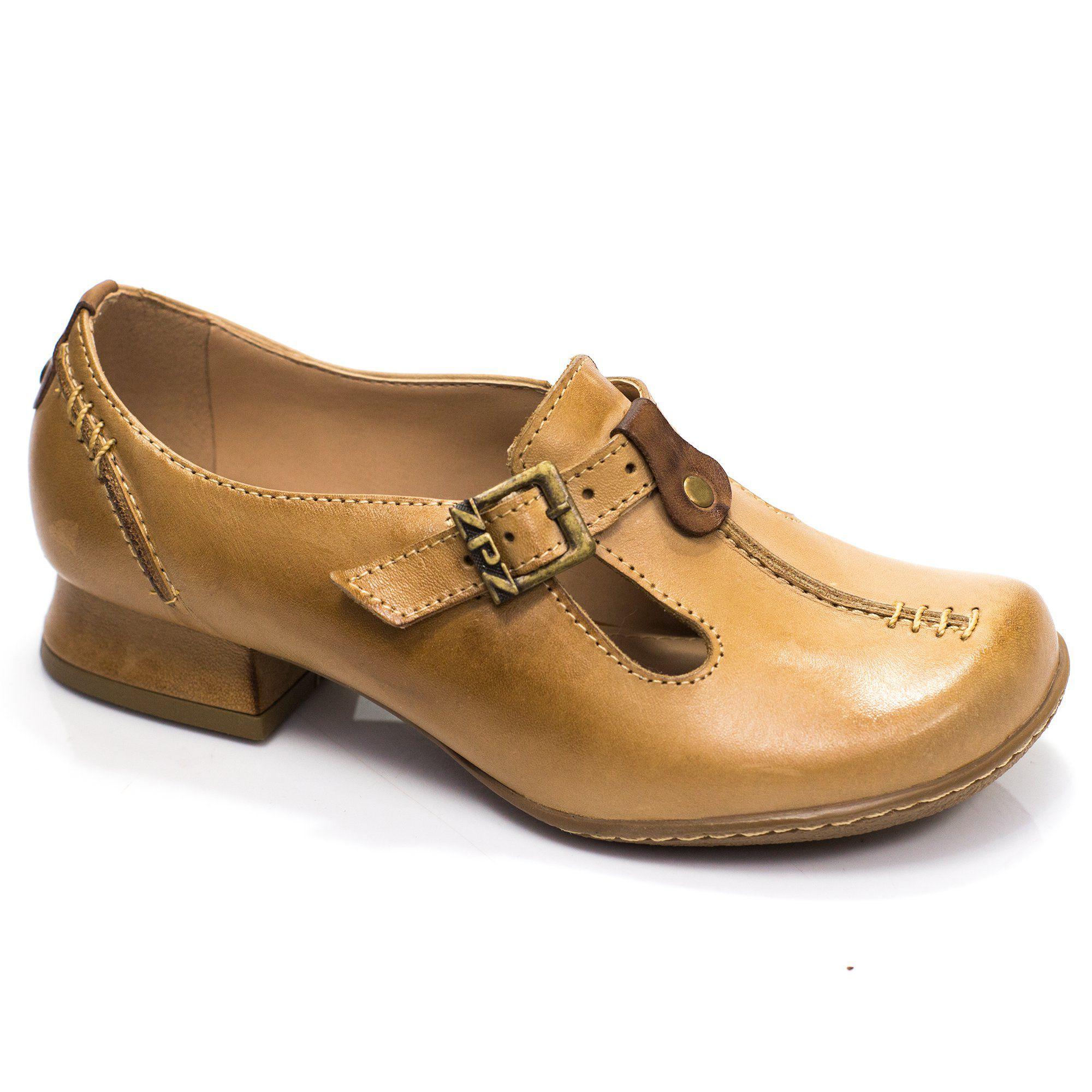Sapato Retrô em couro Lisboa