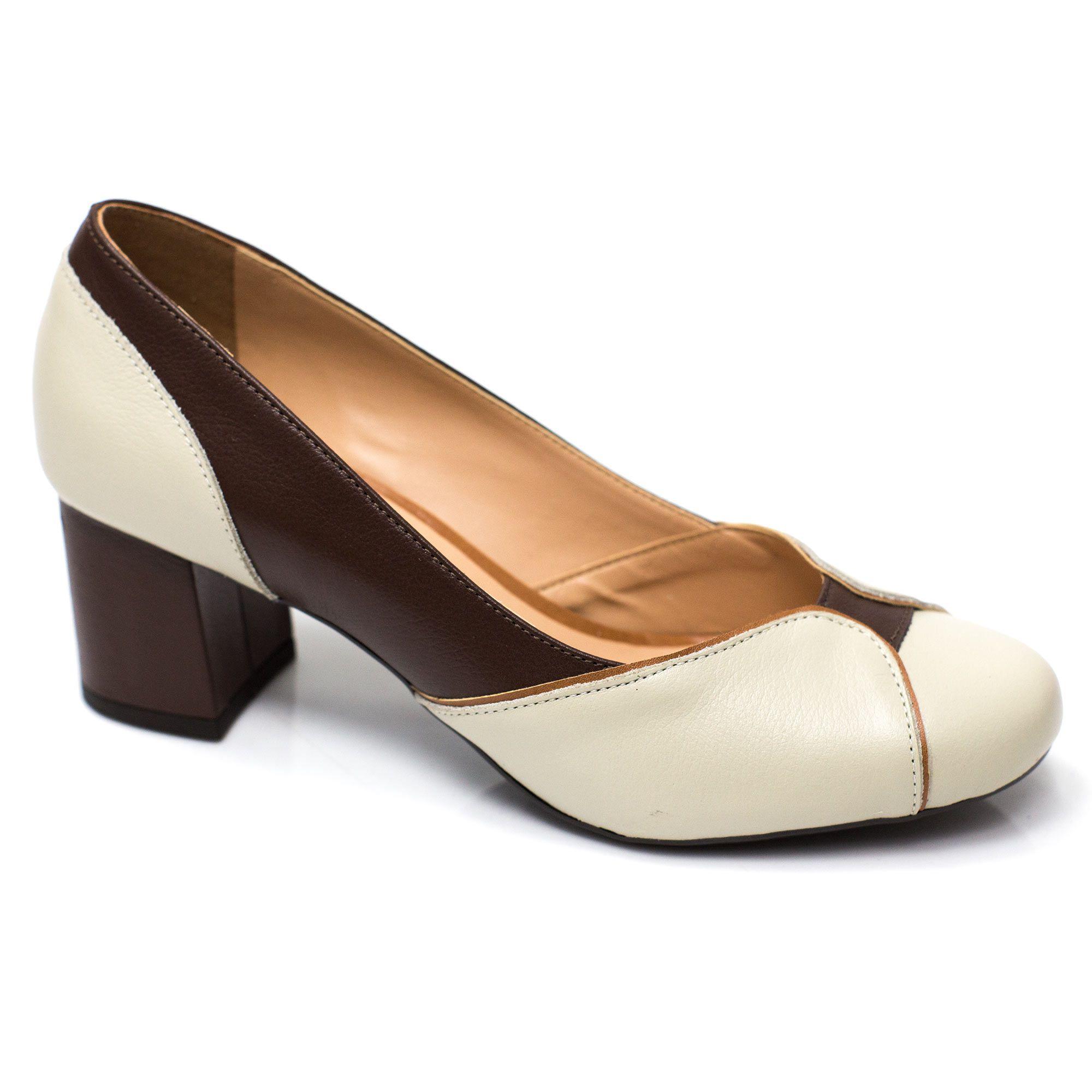 Sapato Retrô em Couro Madeleine