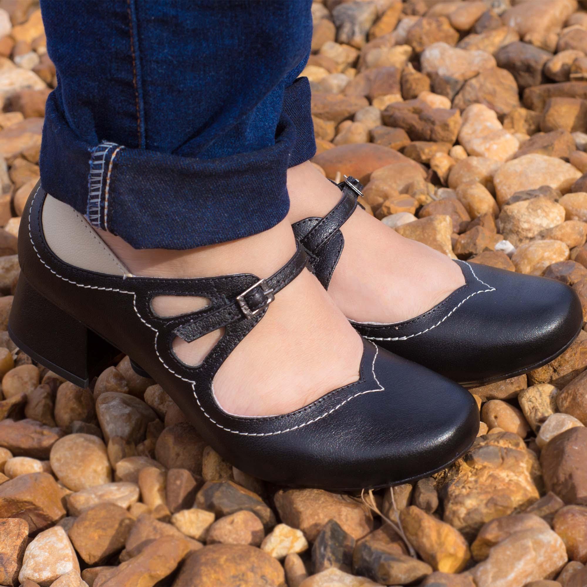 Sapato Retrô em couro Mountain