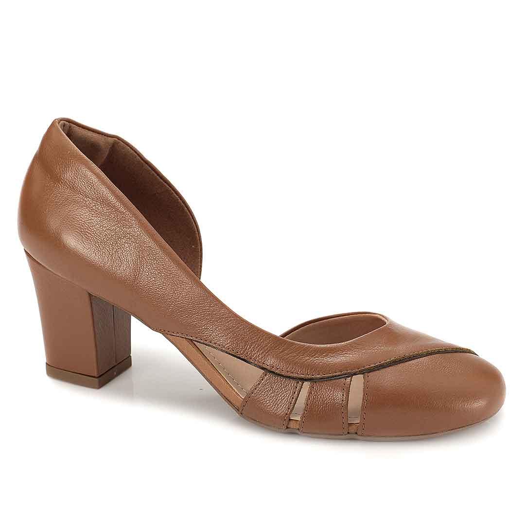 Sapato Retrô em Couro Sharon