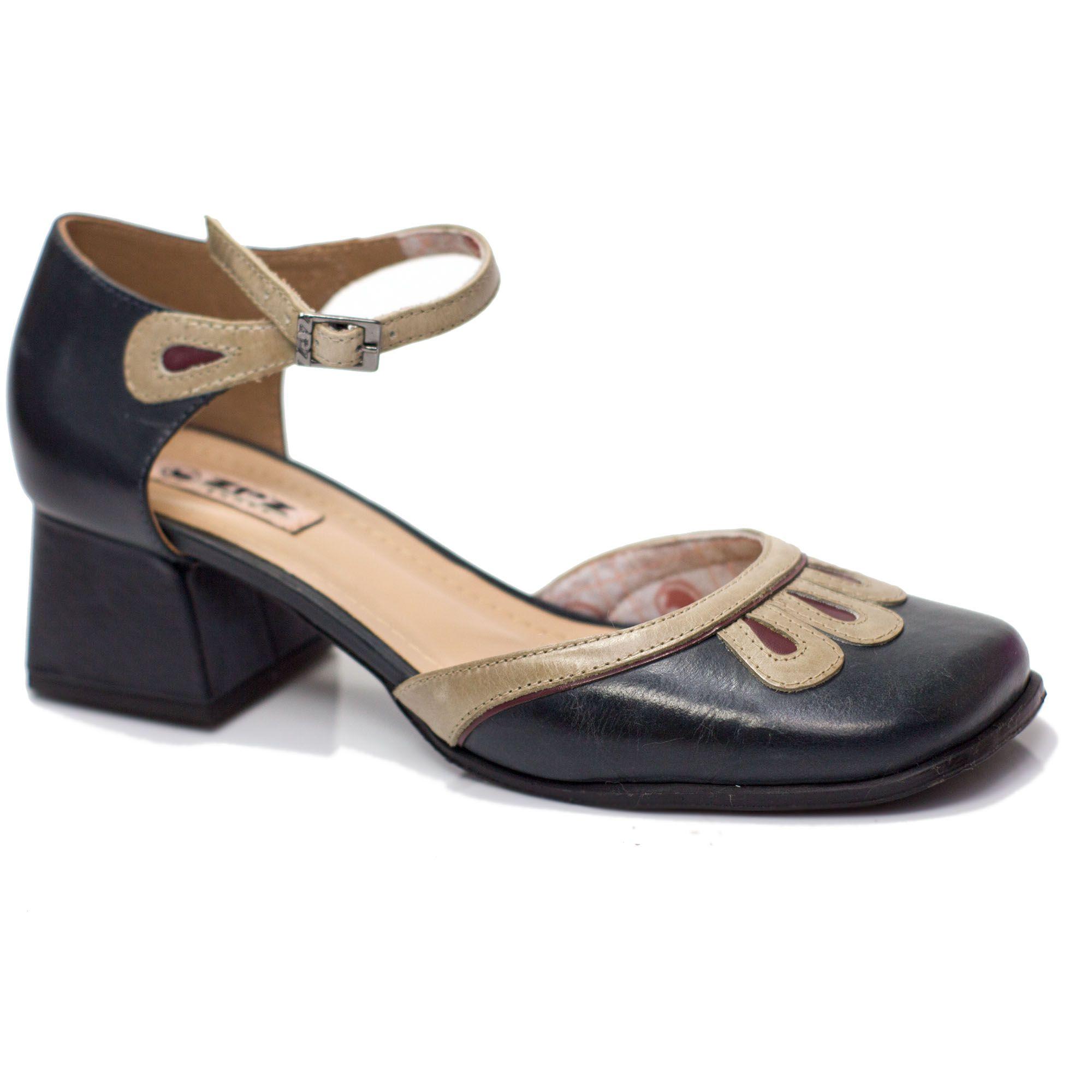 Sapato Retrô em couro Shell