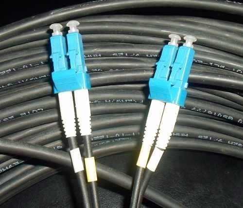 CABO DE FIBRA OPTICA EXTERNA LC/PC-LC/PC MM 2FO 20MT