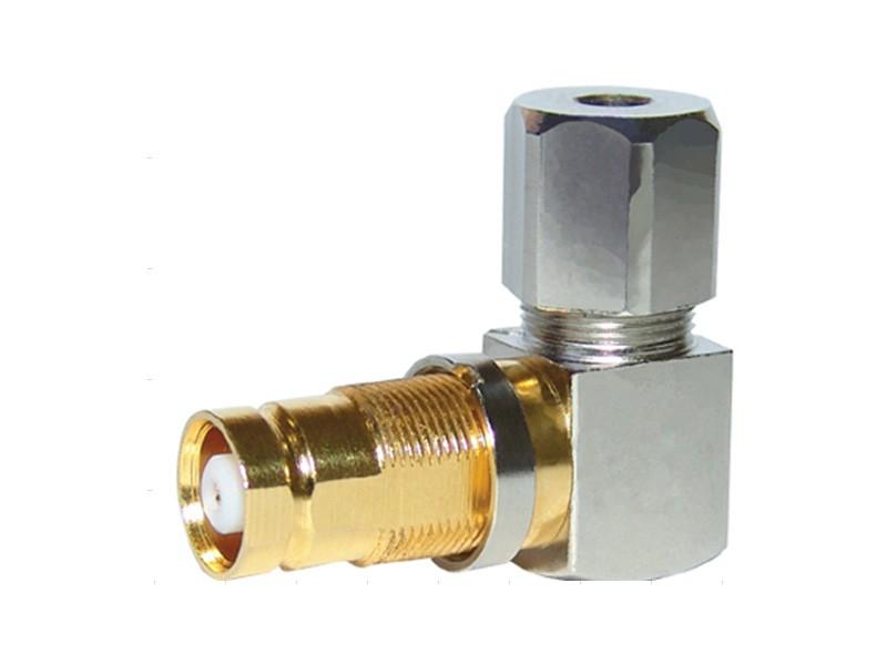 CONECTOR IEC FEMEA ANGULAR 0,6X3,7 SOLDA