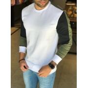 Camisa Manga Longa M Artt Branca Detalhes Verde e Preto
