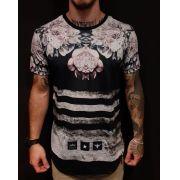 Camiseta Evoque Long Line Flowers Black