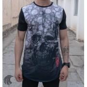 Camiseta Evoque Preta Long Line Caveira Bolhas