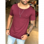 Camiseta M Artt Vinho Deluxe