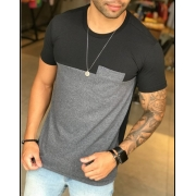 Camiseta M Artt Cinza Detalhe Bolso