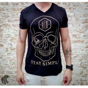 Camiseta Starpolis Stay Simple Skull