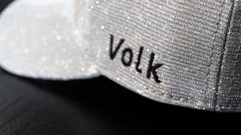 Boné Volk Culture Glitter Aba Curva Prata  - Harpia Moda - Moda Masculina & Acessórios