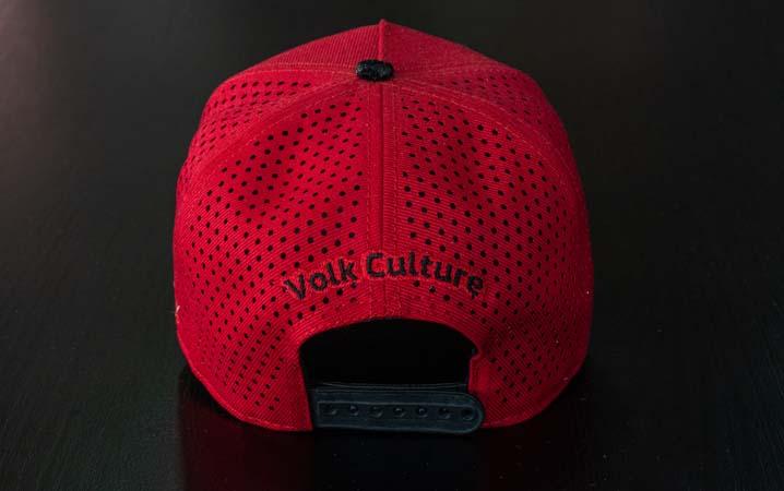 Boné Volk Culture War Aba Curva Vermelho  - Harpia Moda - Moda Masculina & Acessórios
