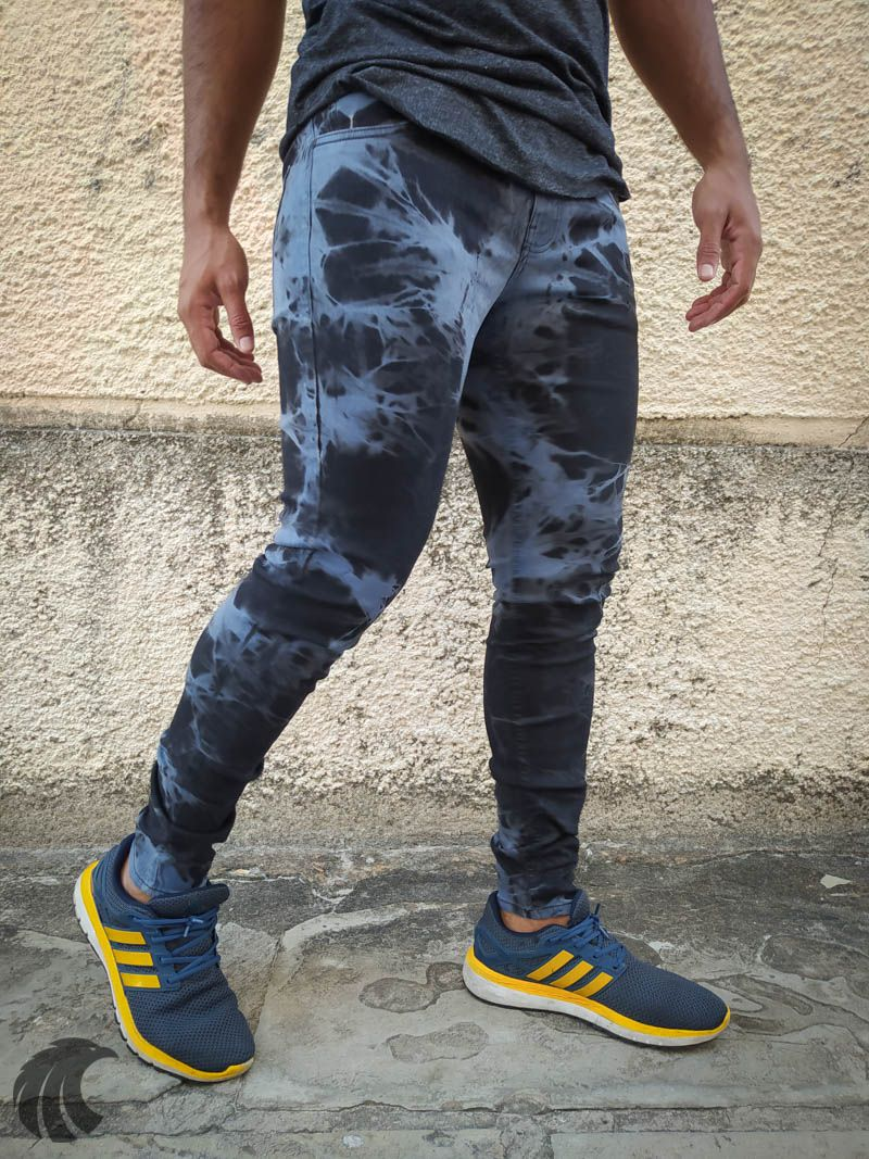 Calça Austin Skinny Azul Manchada  - Harpia Moda - Moda Masculina & Acessórios
