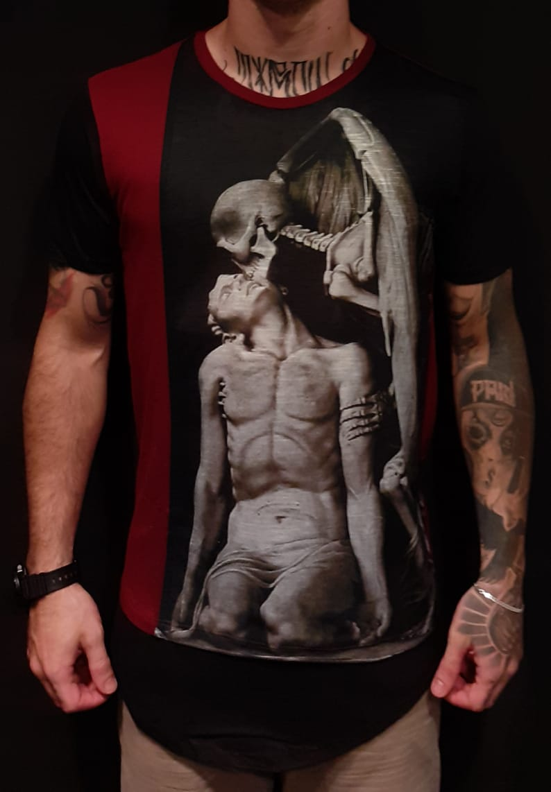 Camiseta Black West Long Angel of Death  - Harpia Moda - Moda Masculina & Acessórios
