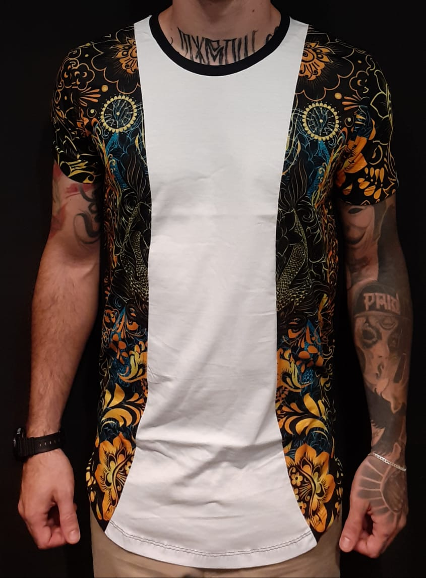 Camiseta Black West Long Side Flowers  - Harpia Moda - Moda Masculina & Acessórios