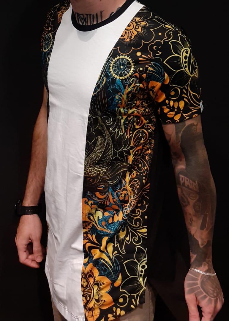 Camiseta Black West Long Side Flowers  - Harpia Moda - Moda Masculina & Acessórios