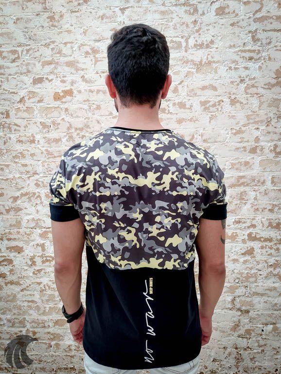 Camiseta Deep Roots Camouflaged  - Harpia Moda - Moda Masculina & Acessórios