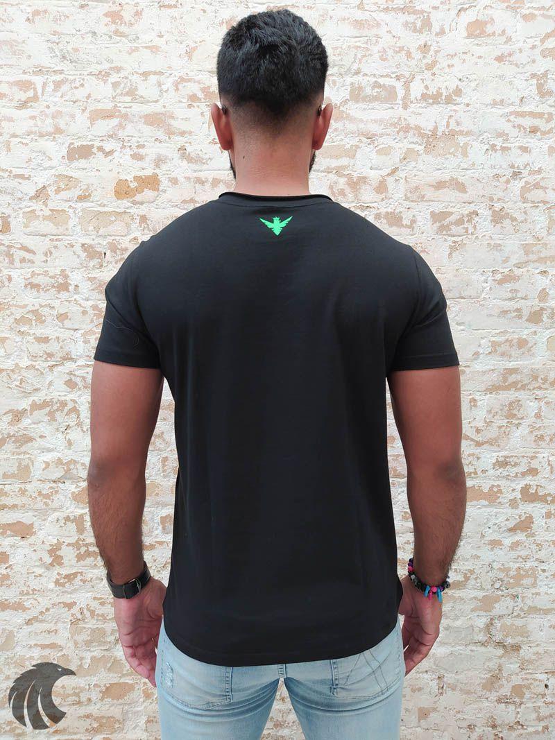 Camiseta Evoque Black Brand Neon (Verificar Descrição)  - Harpia Moda - Moda Masculina & Acessórios