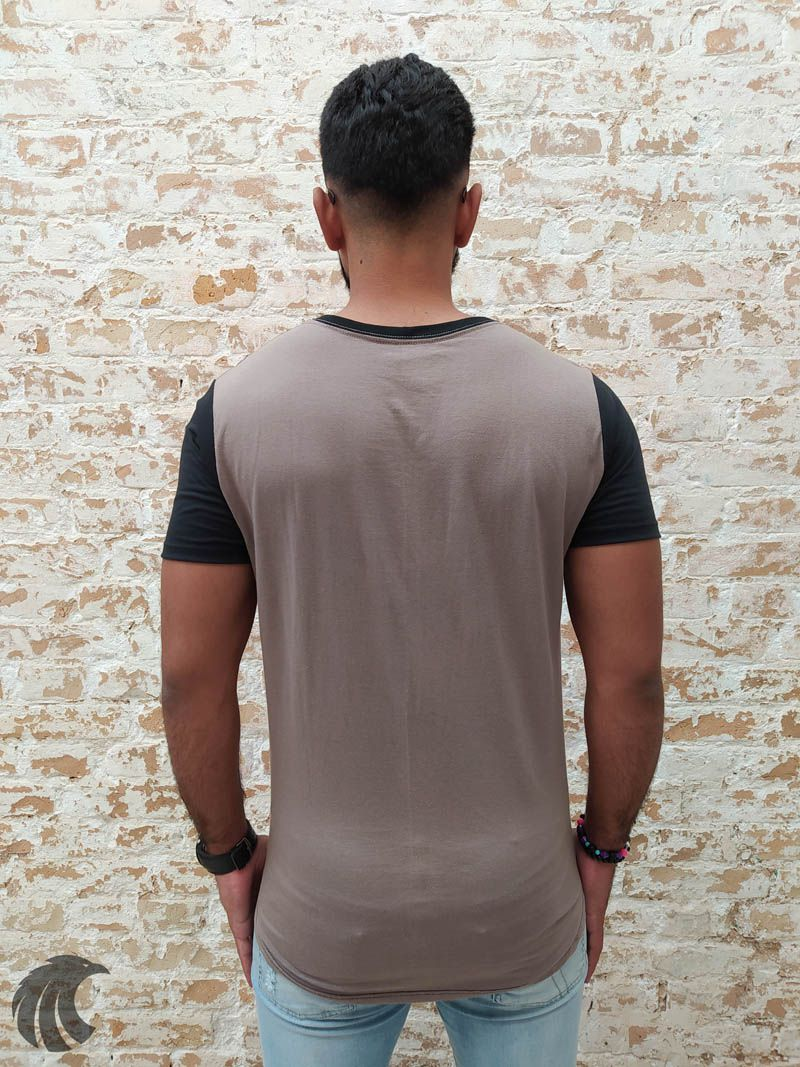 Camiseta Evoque Brown Flower Triangle  - Harpia Moda - Moda Masculina & Acessórios