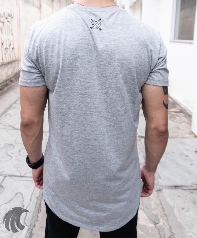 Camiseta Evoque Cinza Long Line Leão e Coroa  - Harpia Moda - Moda Masculina & Acessórios