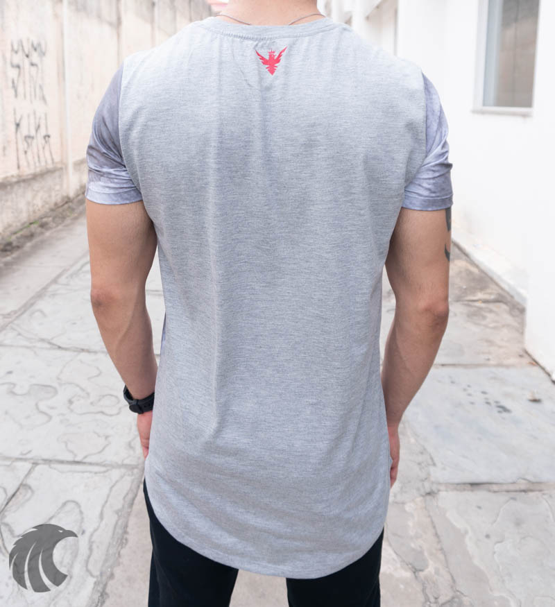 Camiseta Evoque Cinza Long Line Nevoa e Rosa  - Harpia Moda - Moda Masculina & Acessórios