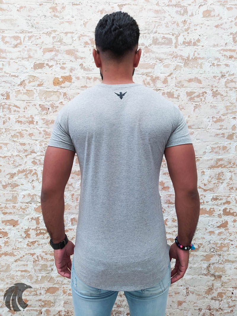 Camiseta Evoque Grey Bones and the Rose  - Harpia Moda - Moda Masculina & Acessórios
