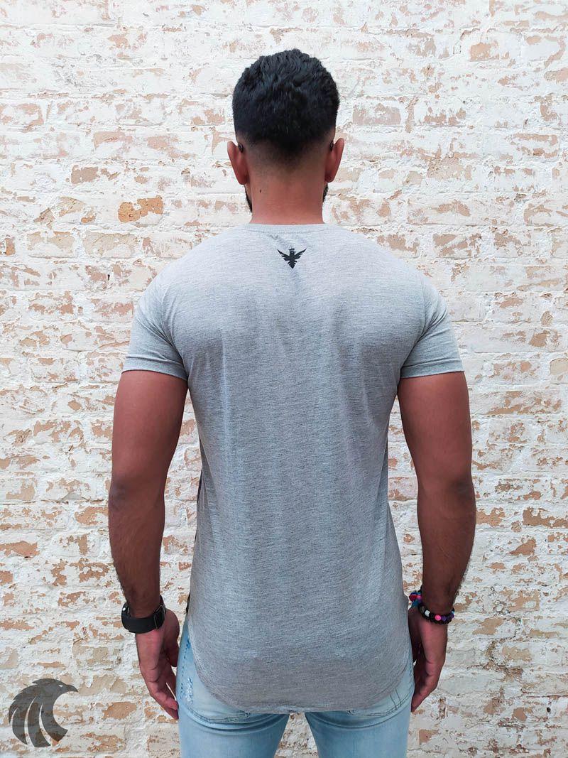 Camiseta Evoque Grey Triangle Flower Two  - Harpia Moda - Moda Masculina & Acessórios