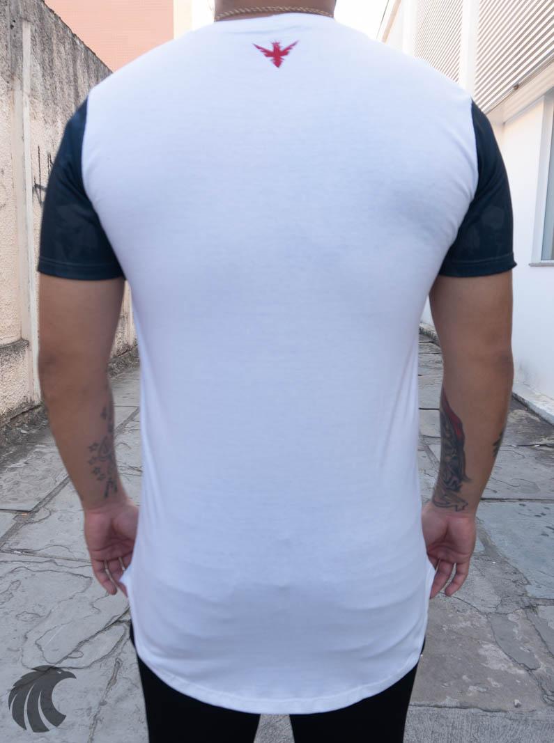 Camiseta Evoque Long Branca Caveira Estrelas  - Harpia Moda - Moda Masculina & Acessórios